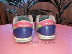 Продаем наши любимые кроссовки на девочку 22-24размер