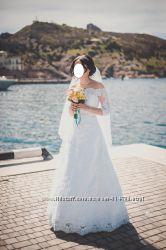 Шикарное свадебное платье. Кольца в подарок