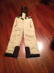 зимние штаны на подтяжках не промакаемые термо 140см.