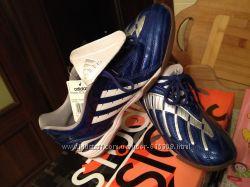 кроссовки Adidas размер  42. 5 27 см. новые