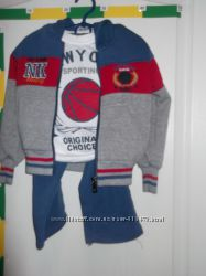 Продам новый детский спортивный костюм 3-ка