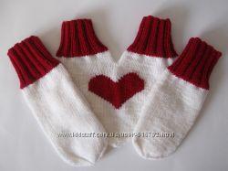 Варежки для влюбленных Сердечки