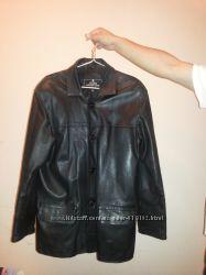 Продам куртку кожаную. Цену снизила