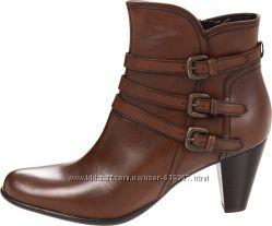 Шикарные деми ботинки Clarks, р. 39-40