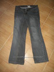 джинсы темно серого цвета
