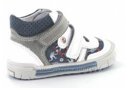 Ботинки для мальчика БАРТЕК размер 21 новые