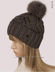 Классные теплые шапки с бубоном