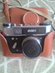 Пленочный фотоаппарат ФЕД -5 с вспышкой