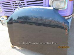 капот на Тойота Прадо 150 в идеальном состоянии