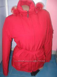 Шикарная красная куртка