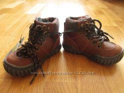 Ботиночки демисезонные.  14 см