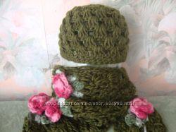 Ажюрная шапочка и шарфик с розочками