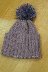 Новая шапка ручной вязки