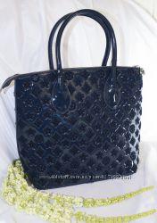 Красивая и стильная сумка Louis Vuitton