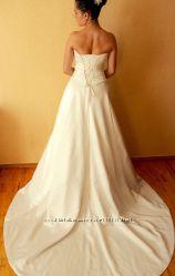 Прокат свадебного платья со шлейфом  Maggie Sottero