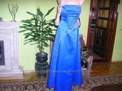 Шикарное вечернее платье в пол расшитое бисером