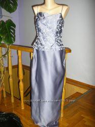 Вечернее платье расшитое бусинками