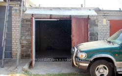 Продам хороший кирпичный гараж в Броварах, срочно