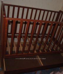 Кроватка Baby Italia цвет Вишня с матрасиком Чикко