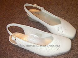 Новые туфли  ARA