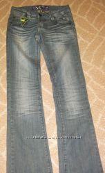 Новые джинсы Jennyfer