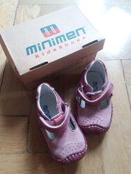 Туфельки Minimen з нат. шкіри 19 розм. для дівчинки чи хлопчика б/у