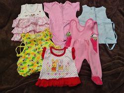 Набор одежды с комбинезоном для девочки от рождения.