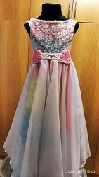 Праздничное платье на девочку 5-7 лет