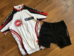 Спортивная вело футболка и вело шорты на 152 рост XXS