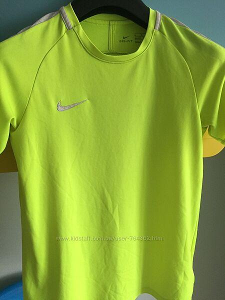 Спортивна футболка для хлопця 158-170см