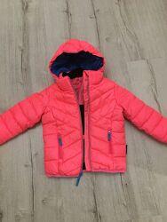 Курточка для девочки 104 р.