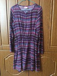 Платье девочке,146-152 рост