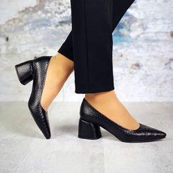 Шикарные туфли лодочки на удобном каблуке