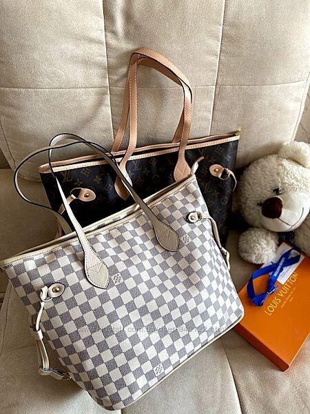 Большая женская светлая сумка модный тренд 2021 Луи Виттон стильная женская