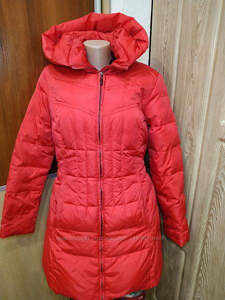 Легкая пуховая зимняя куртка