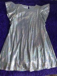 Очень красивое нарядное платье для девочки reserved рост 158