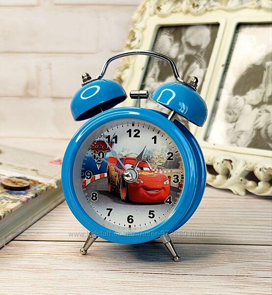 Часы-будильники металлические в наличии