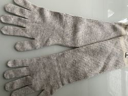 Продам новые женские перчатки Escada