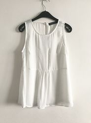 Женская блуза без рукавов