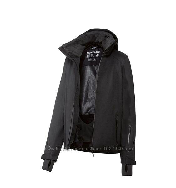 Зимняя спортивная куртка. Утеплитель Thinsulate. Германия. Два цвета