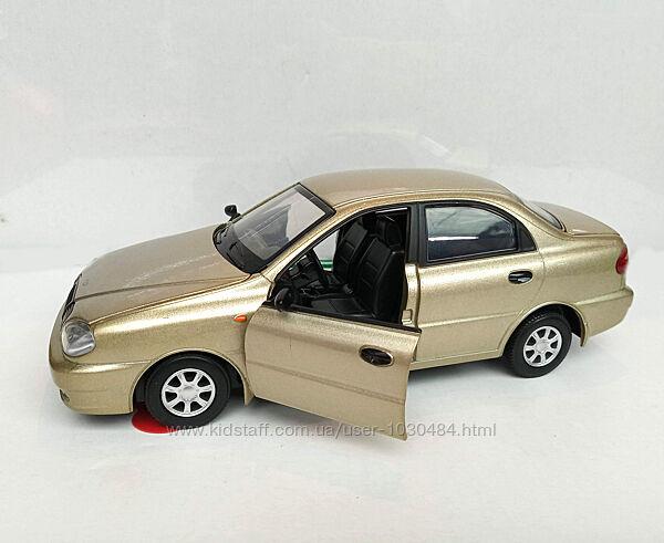 Машинка металлическая Дэу Ланос, Автопром 7778 , бат, свет, звук, двери