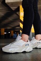 Кроссовки Адидас Adidas Yeezy 700