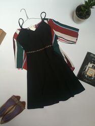 Нарядне чорне плаття на бретельках Lipsy розмір S-M.