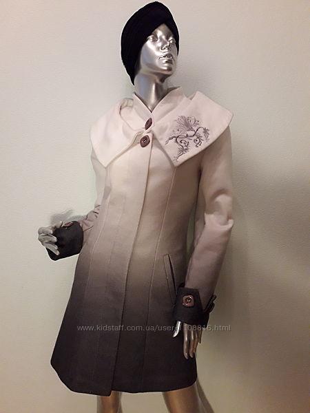 Пальто женское кашемировое нарядное, белый цвет плавно переходит в серый