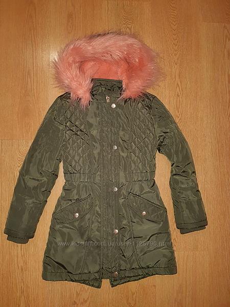 Куртка з яскравим хутром