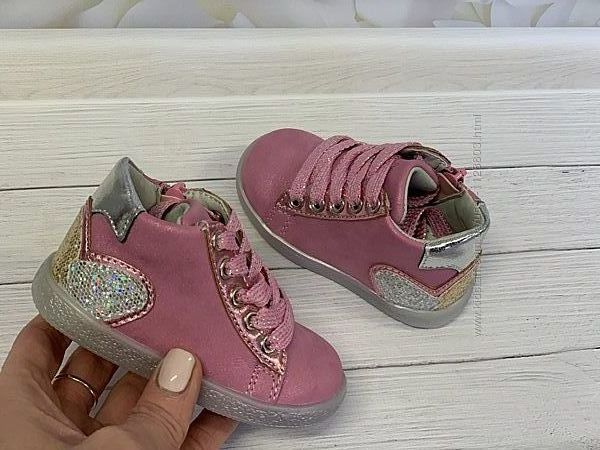 Демисезонные ботинки для девочки, Clibee, Польша. р.20-25