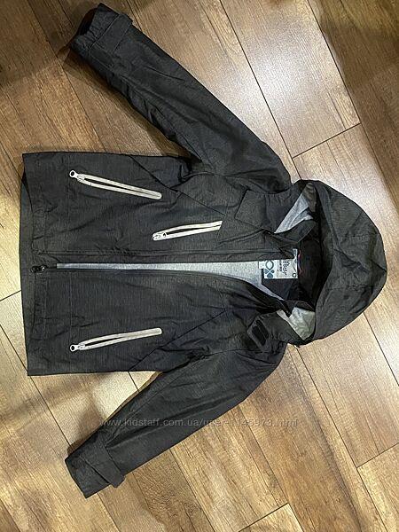 Демисезонная куртка. Ветровка