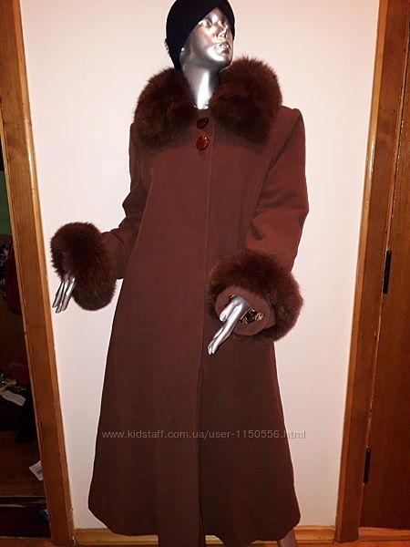 Пальто женское кашемировое новое натуральный мех Италия Calvin Dior