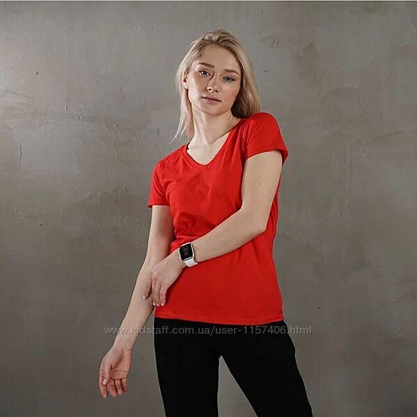 Женская футболка, с V образным вырезом. Большой выбор цвета.