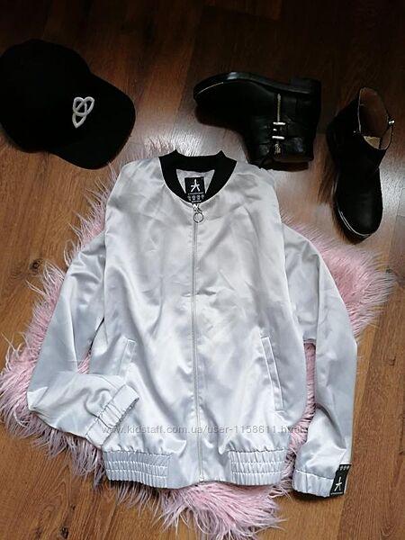 Ветровка бомбер куртка